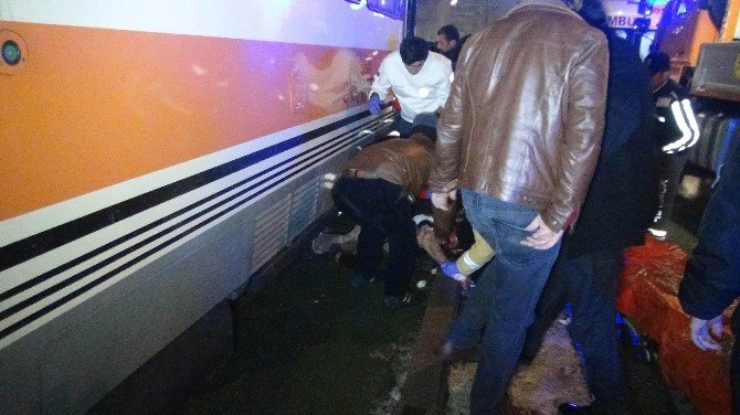Tramvay Yolunda Ayak Kurtarma Operasyonu