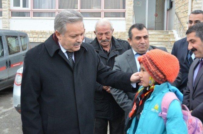 Vali Kahraman'dan Geçit Belediyesine Ziyaret