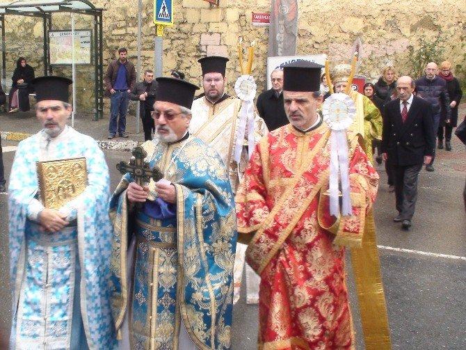 Boğaz'da Haç Çıkarma Töreni