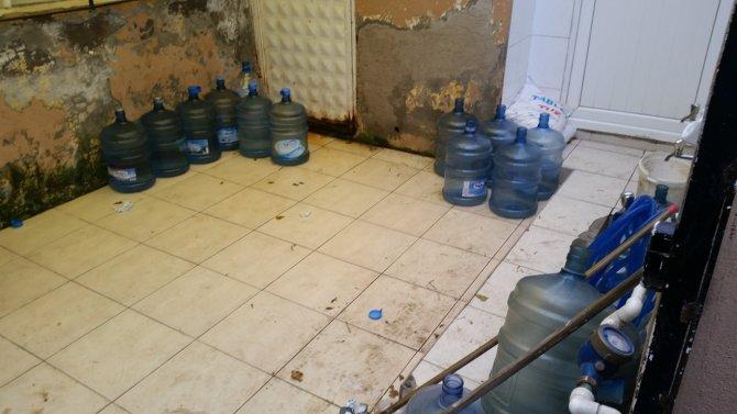 Zabıta ekipleri kaçak su satıcılarına ceza kesti