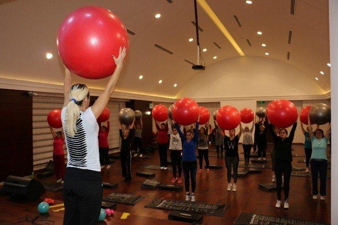 Çankırı Belediyesi Kadınları Sağlıklı Yaşama Teşvik Ediyor