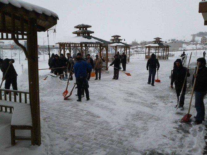 Çat Belediyesi'nin Karla Mücadele Çalışmaları