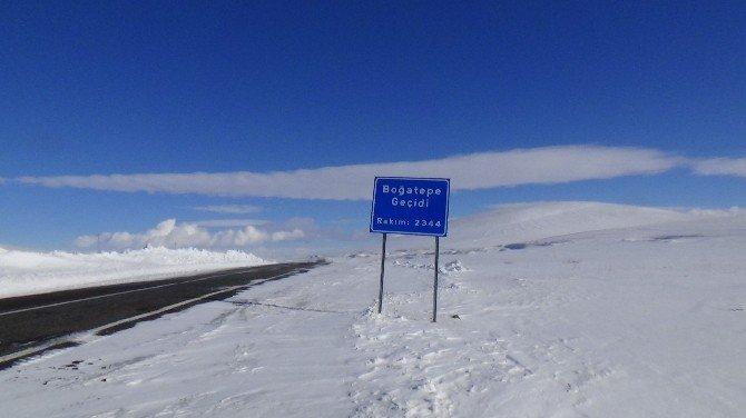 Kars-boğatepe-göle Karayolu'nda Tipi Etkili Oluyor