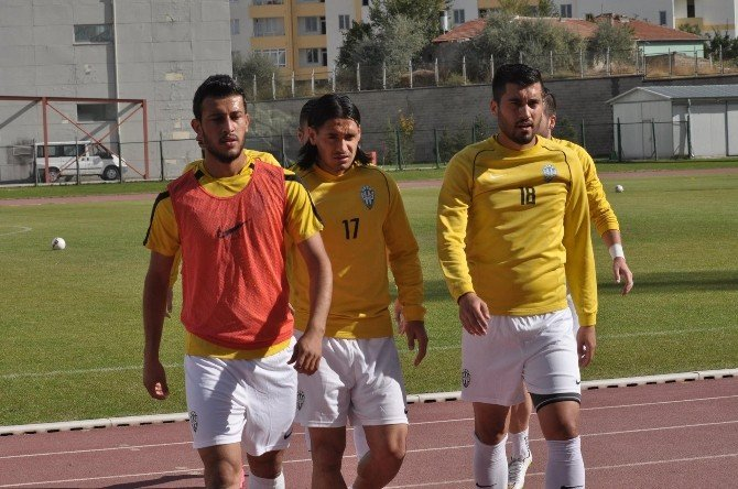 Kayseri Şekerspor İkinci Yarı İçin Antalya'da Kampa Girdi