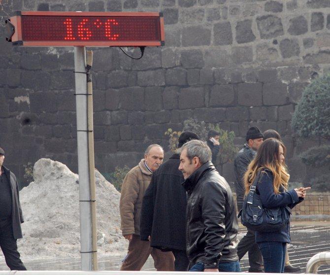 Kayseri'de termometreler 16 dereceyi gösterdi