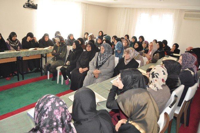 Ensar Ve Muhacir Birlikte Kur'an Öğreniyor