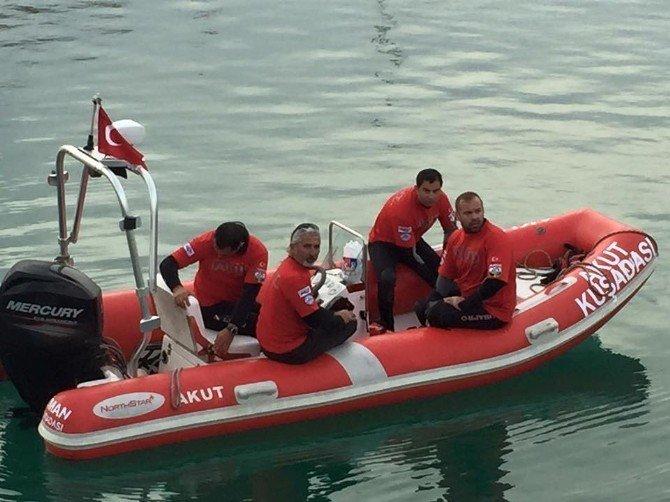 Akdeniz Foku Kuşadası Körfezi'ne Bırakıldı