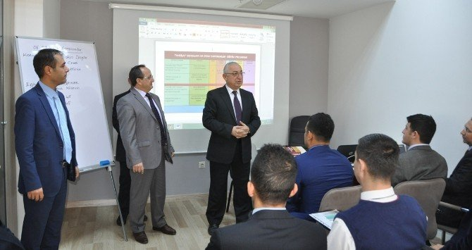 Büyükşehir Personeline Eğitim Semineri