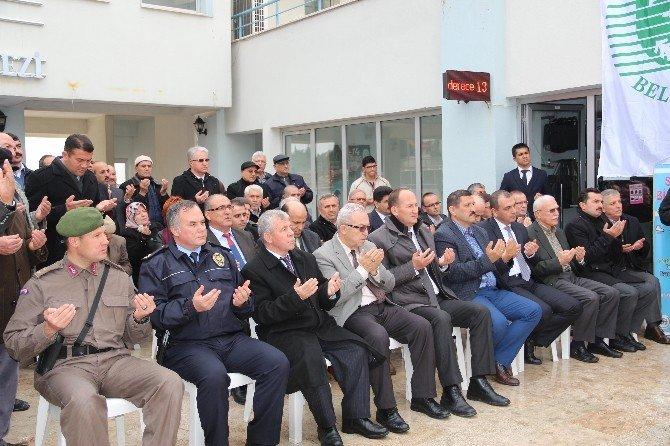 Demirci'den Bayırbucak Türkmenlerine 3 Tır Yardım Malzemesi