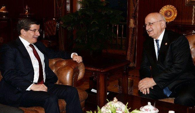 Meclis Başkanı Kahraman Başbakan Davutoğlu'nu Kabul Etti