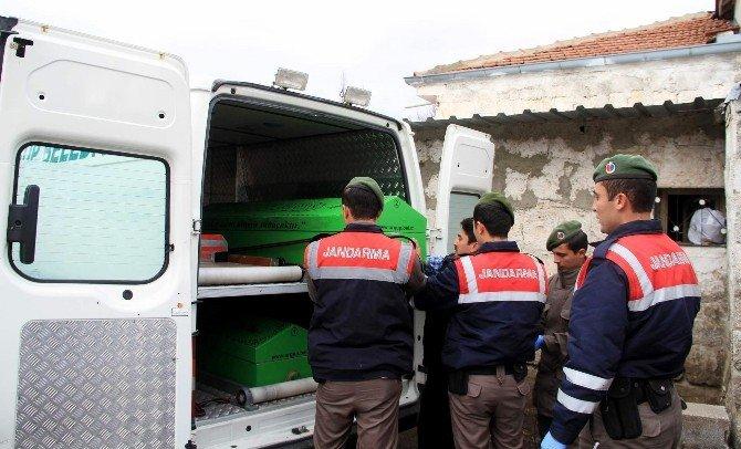 Nevşehir'de Ölü Bulunan Çiftin Cenazesi Morga Kaldırıldı