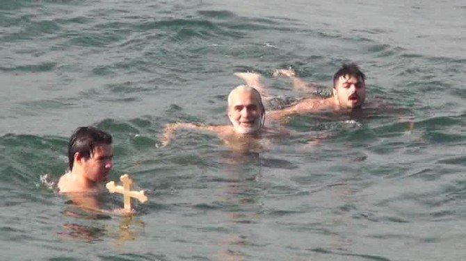 94 Yıl Sonra Denizden Haç Çıkarıldı