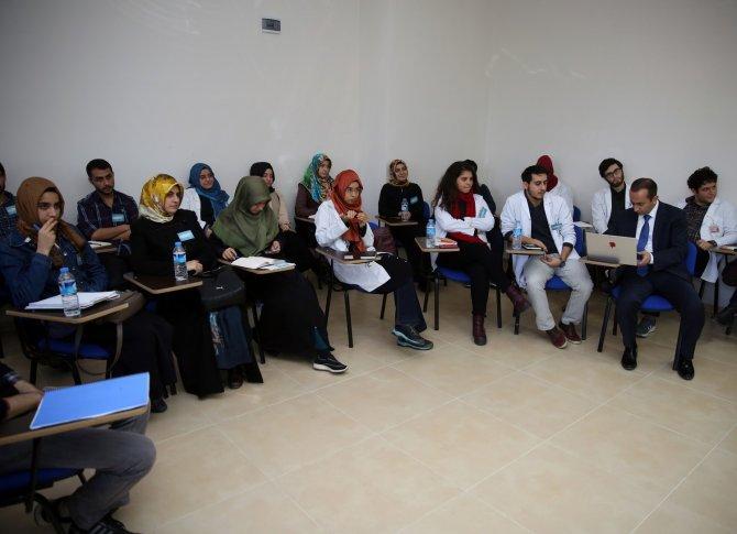Geleceğin bilim insanlarına nitelikli makale yazma eğitimi verildi