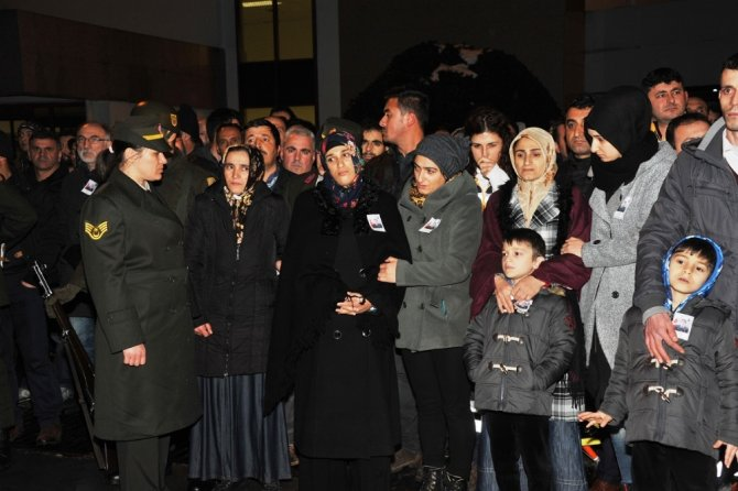 Başkan Yılmaz'dan şehit ailesine ev yardımı