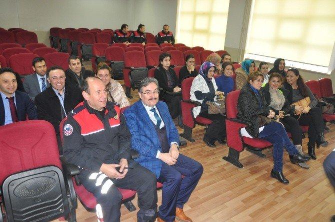 Polislerden Öğretmenlere Dolandırıcılık Konferansı