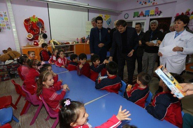Serdivan'da 4 Bin Öğrenci Diş Bakım Taramasından Geçecek
