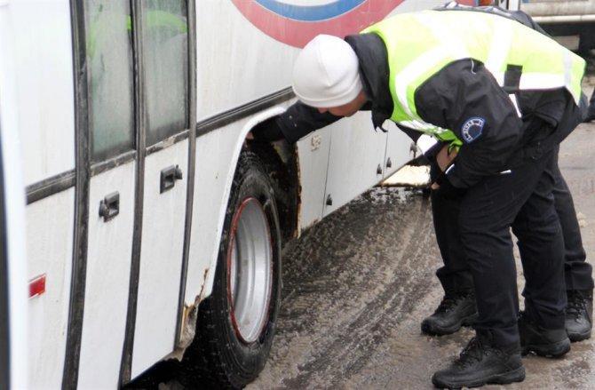 Halk otobüslerinde kış lastiği denetimi