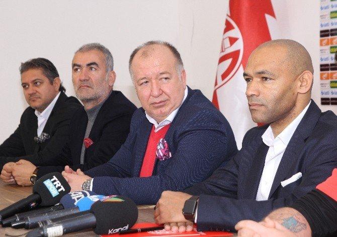 Antalyaspor, Moraıs İle Sözleşme İmzaladı