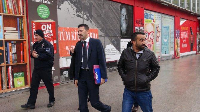Taraf gazetesinin bulunduğu bina boşaltılıyor