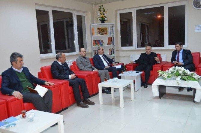 Vali Odabaş, Okul Müdürleriyle Toplantı Yaptı