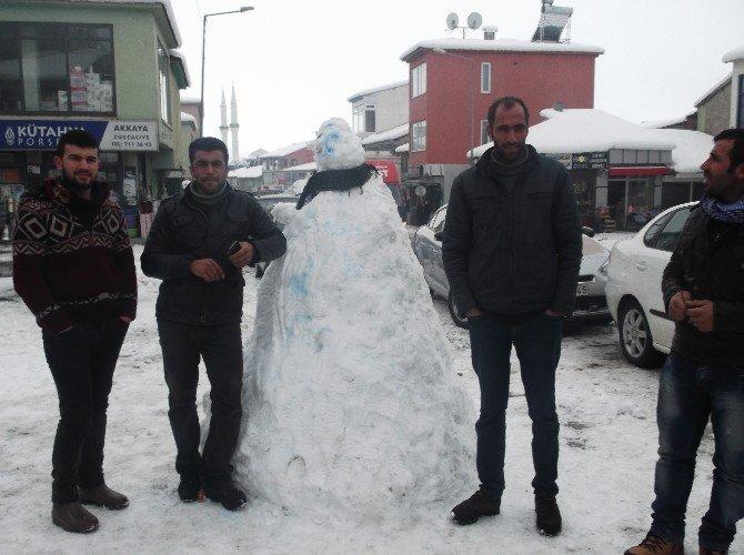 Esnafın Kardan Adam Keyfi
