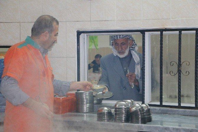 Şanlıurfa'da 4 Bin Suriyeliye Çorba Dağıtıldı