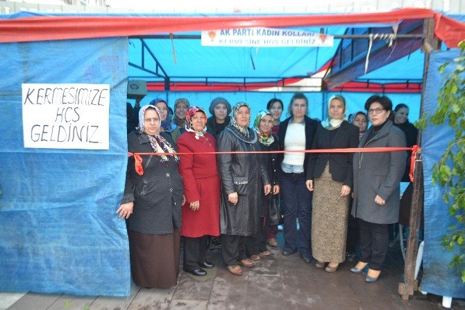 AK Parti Osmaniye İl Kadın Kolları Kermes Düzenledi