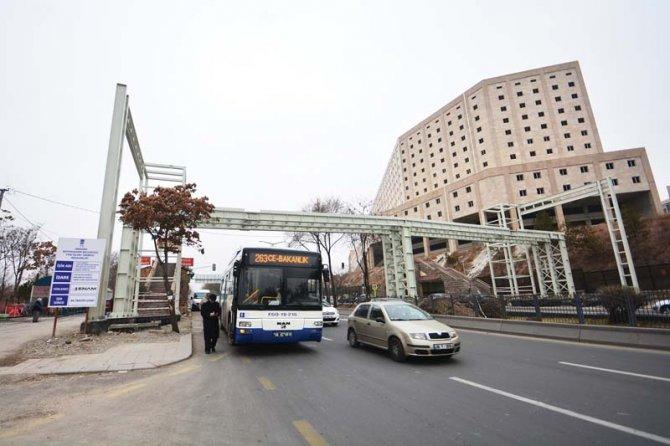 Başkentte 1994 yılından bugüne 104 yaya üst geçidi yapıldı