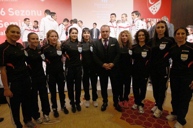 2016 yılı FIFA hakemlerine kokartları törenle takıldı