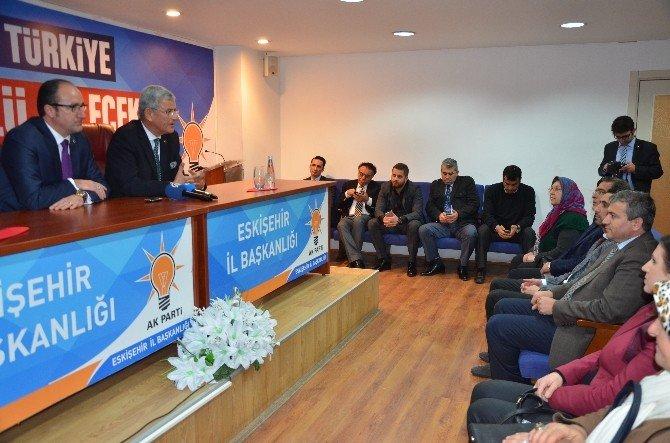 Bakan Bozkır, AK Parti'yi Ziyaret Etti