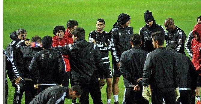 Beşiktaş Devre Arası Çalışmalarını Sürdürüyor