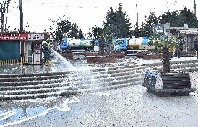 Beyoğlu'nda Kış Temizliği