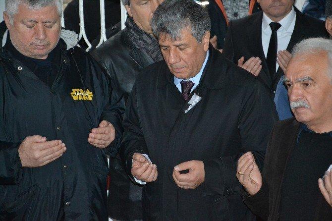 CHP'li Balbay Amcasını Sonsuzluğa Uğurladı