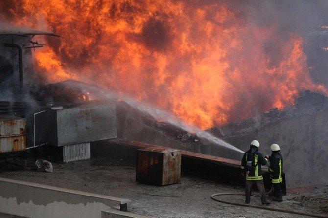 Büyükşehir İtfaiyesi 5 Bine Yakın Olaya Müdahale Etti