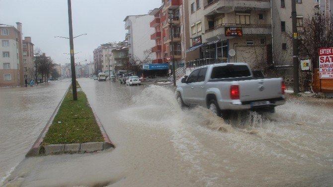 Sağanak Yağış Edirne'yi Vurdu