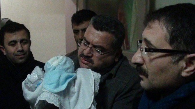 Iraklı Ailenin Erdoğan Ve Davutoğlu Sevgisi