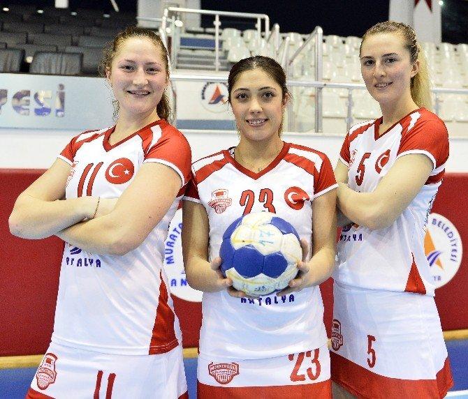 Muratpaşa'da Hedef İlk Maç