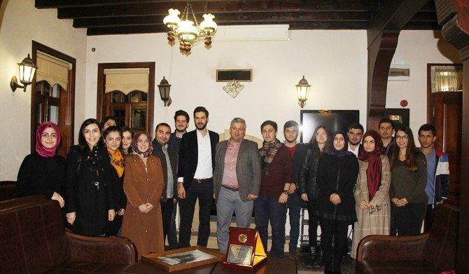 Gençlik Meclisi'nden Yeni Dönem Toplantısı