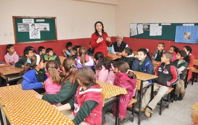 Melis Hemşire Çocuklara Hijyeni Anlattı