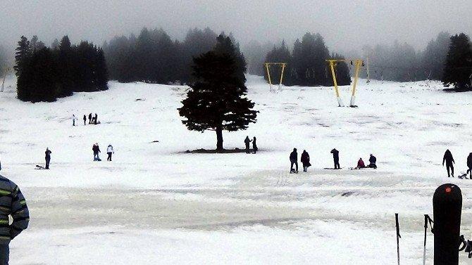 Fırtına Uludağ'da Karları Eritti