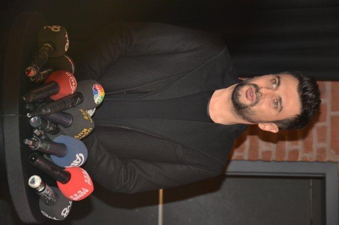 Sanatçılar Zeki Müren'i konserle andı