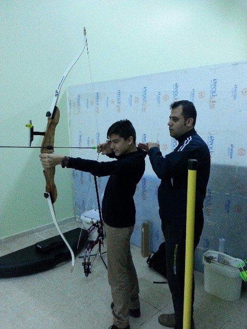 Yozgat Çözüm Koleji Okçuluk Kulübü Kurdu