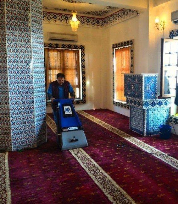 Yunusemre'de Camiler Pırıl Pırıl
