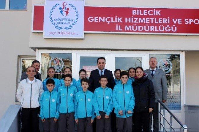 Badmintoncular Kütahya'ya Uğurlandı