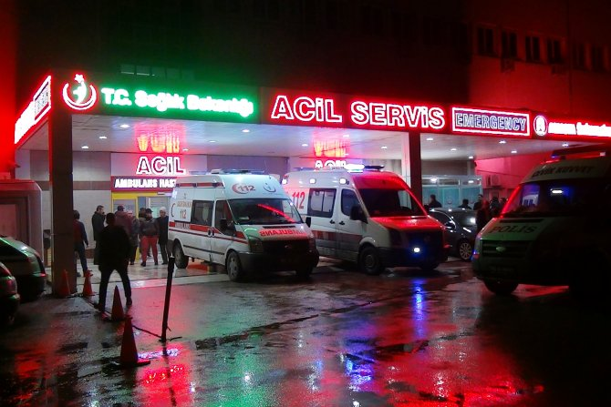Amasya'da silahlı kavga: 2'si ağır 6 yaralı