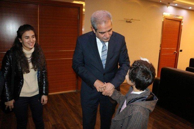 Çocuklardan Demirkol'a Teşekkür Ziyareti