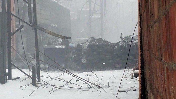 Sur'da Bozguna Uğrayan Terör Örgütü Vatandaşların Evlerini Yakıyor