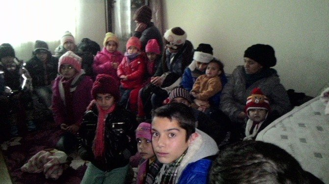 Edirne'de 90 Kaçak Göçmen Yakaladı
