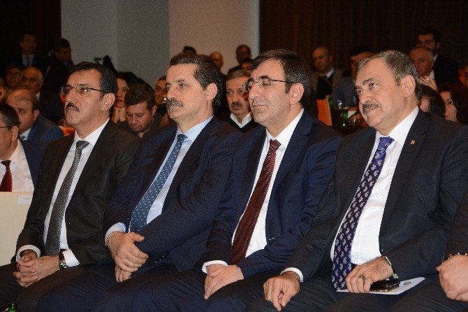 """Afyon Ve Bingöl Arasında """"Kardeş Oda Protokolü"""" 4 Bakanın Katılımı İle İmzalandı"""