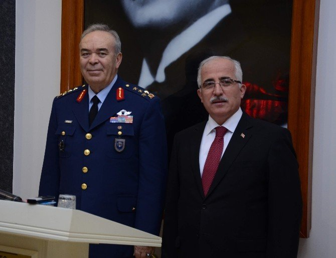 "Orgeneral Ünal: ""Eskişehir'i Evim Gibi Görüyorum"""
